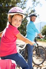 family_andmom_bikeshutterstock_85008583