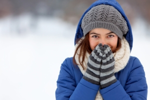 cold-woman-shutterstock_70777717
