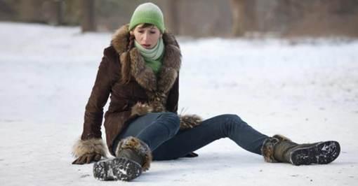 winter-slip-shutterstock_-fb-43941640