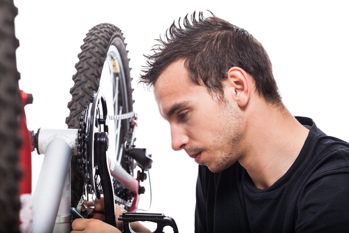 bike-maintanence-shutterstock_141522433