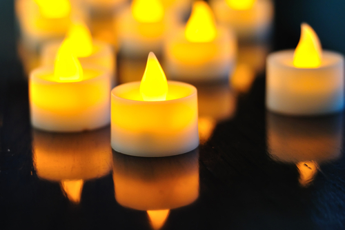 flameless-candle-shutterstock_166718435