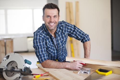contractor-shutterstock_183637580