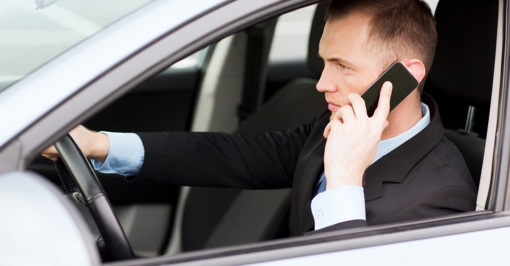 distracted-driver-fb-shutterstock_152527637