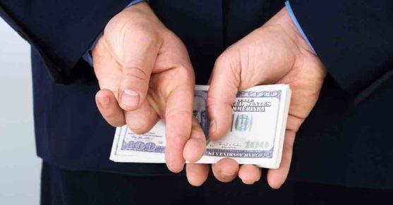 emply-fraud-fb-shutterstock_246706510